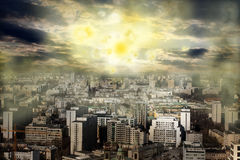 Tormenta magnética de la explosión del sol de la apocalipsis fotografía de archivo