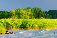 Tormenta que se acerca a la laguna del Vístula foto de archivo libre de regalías
