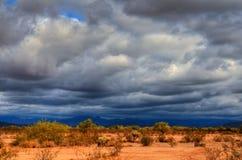 Tormenta sobre el desierto Imágenes de archivo libres de regalías