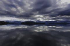 Tormenta sobre el sacerdote Lake Imagen de archivo libre de regalías