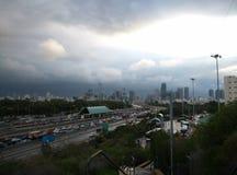 Tormenta sobre la ciudad de Tel Aviv Foto de archivo