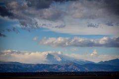 Tormenta sobre Rocky Mountains fotografía de archivo