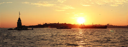 Torn Ä°stanbul för Kız kulesi-jungfru ` s Royaltyfri Fotografi