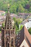 Torn av den Freiburg Munster domkyrkan, Freiburg im Breisgau stad, Royaltyfri Fotografi