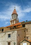 Torn av den Trogir domkyrkan, Kroatien Fotografering för Bildbyråer