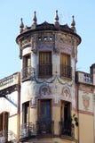 Torn av en Art Nouveau byggnad Arkivfoto