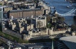 Torn av London, sikt från himmelträdgården Arkivbild