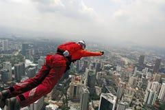 torn för banhoppningkl-skydiver Royaltyfri Bild