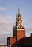 torn för fyrkant för spasskaya för kremlin moscow natt rött Royaltyfri Bild