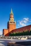 torn för fyrkant för spasskaya för kremlin moscow natt rött för områdeskremlin för 2005 eftermiddag sommar red staden för områdes Arkivbilder