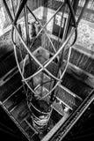 Torn för klocka för hissaxel Prague royaltyfria bilder