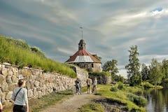 Torn för runda (Pugachev) Korela Priosersk Ryssland Arkivfoto