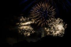 Torn för St som Rumbolds omges, genom att explodera fyrverkerier arkivfoto