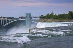 Torn för utsiktpunktobservation på Niagara Fotografering för Bildbyråer