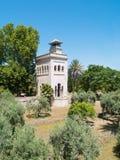 Torn i olivgrönträdgården, Seville Royaltyfri Foto