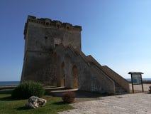 Torn Lapillo nära Porto Cesareo i Salento italy Fotografering för Bildbyråer