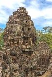 Torn och gallerier i Angkor Thom, Bayon tempel arkivbild