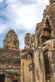 Torn och gallerier i Angkor Thom, Bayon tempel arkivfoton