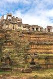 Torn och gallerier i Angkor Thom, Siem Reap, Cambodja arkivbilder