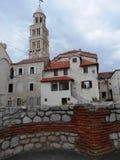 Torn och hus Royaltyfri Fotografi