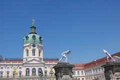 Torn och ingång av slotten Charlottenburg Royaltyfri Bild