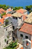 Torn som var delen av Marco Polo hem. Korcula Kroatien royaltyfri bild