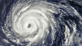 Tornade de tempête d'ouragan, vue satellite Quelques éléments de cette vidéo meublée par la NASA clips vidéos