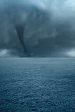 Tornade sur la mer Image libre de droits