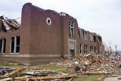 Tornado dañado Joplin MES de la escuela primaria Fotos de archivo