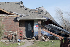 Tornado-Schaden des Ziegelstein-Hauses lizenzfreie stockbilder