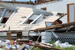 Tornado-Schaden höhlte in den Wänden aus Lizenzfreie Stockfotografie