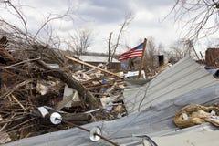 Tornadonachmahd in Henryville, Indiana Stockbilder