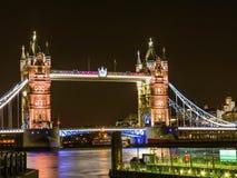 Tornbro av London britain Royaltyfri Bild