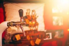 Torneira da cerveja de esboço imagem de stock