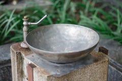 Torneira de água em um parque público Fotos de Stock Royalty Free