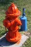 Torneira de boca de incêndio de incêndio e de água da parte externa Imagens de Stock Royalty Free