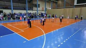 Torneo del baile del salón de baile de los niños, dirección de los bailarines del coche, plan amplio adicional metrajes