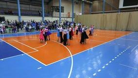 Torneo del baile del salón de baile de los niños, plan amplio adicional almacen de video