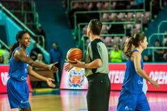 Torneo del baloncesto de las muchachas Imagen de archivo libre de regalías