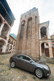 Tornet av klockstapeln i den Rila kloster i Bulgarien Royaltyfri Bild