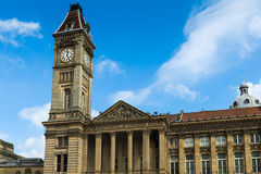 Tornet för klocka för rådhus Royaltyfria Foton