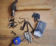 Tornillo de la caja de herramientas del destornillador de la herramienta del martillo Fotos de archivo libres de regalías