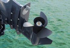 Tornillo del barco de motor foto de archivo