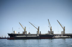 Tornkran på fartyget Arkivfoton