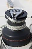Torno en un barco de navegación. Imágenes de archivo libres de regalías