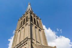 Tornspira av den historiska Martini kyrkan i Doesburg arkivfoto