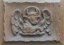 Toro Lucas di Walluf della porta della chiesa Fotografia Stock