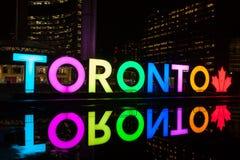 Toronto Śpiewa Iluminuje przy nocą Obraz Royalty Free
