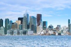 Toronto, Canadá - 27 de enero de 2016: Opinión del horizonte de Toronto de a fotos de archivo libres de regalías