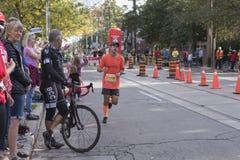 TORONTO, ON/CANADA - OCT 22, 2017: Maratoński biegacz Alvaro Enriqu Obrazy Royalty Free